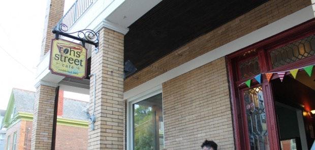 Rohs Street Café celebrates its 10th anniversary