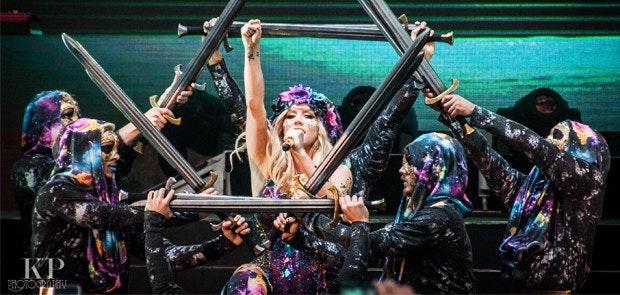 Fans Hit The Jackpot at Ke$ha Concert