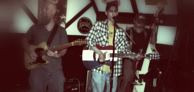 Jared Schaedle and The Compound Fractures at Wunderbar