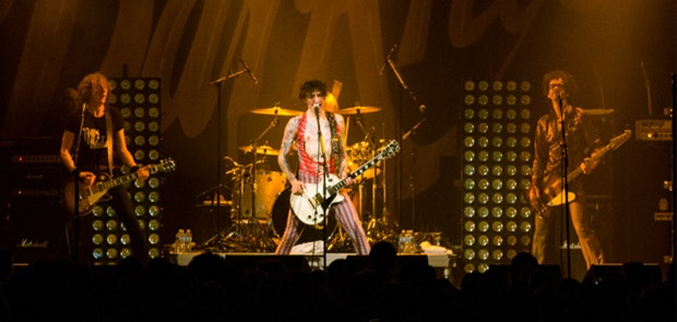 REVIEW: The Darkness Cram Arena Glam into Bogart's