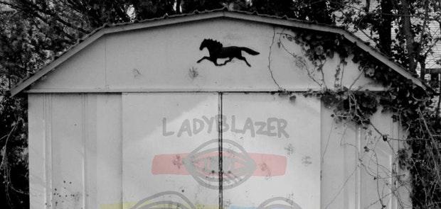 Ladyblazer