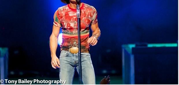 Tim McGraw :: Tony Bailey Photography