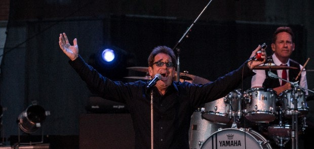 Huey Lewis & The News :: Chromatic Anthem