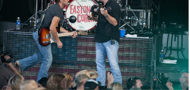 Easton Corbin :: Tony Bailey Photography