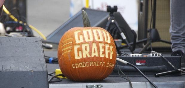 Good Graeff :: Photo by Courtney Phenicie