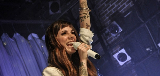 Christina Perri :: Jewels Yoga Photography