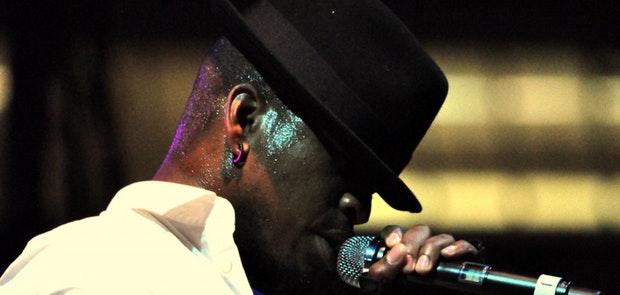 NE-YO :: Macy's Music Festival :: Courtesy of Michael Gabbard Photography