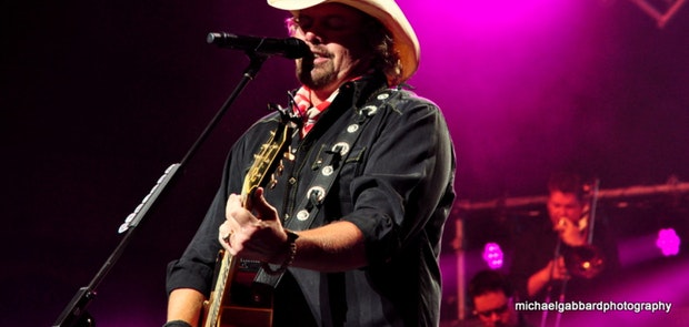 Toby Keith :: Courtesy of michael gabbard photography