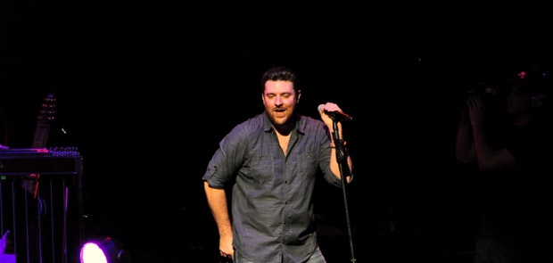 Chris Young :: Photo courtesy of Michael Gabbard Photography