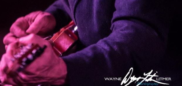 Junior Brown :: Courtesy of Wayne Litmer Photography