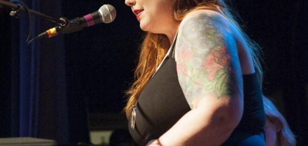 Mary Lambert :: Photo courtesy of Studio 22