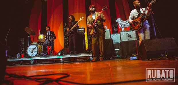 Sharon Jones & Dap Kings :: Courtesy of Rubato Photo