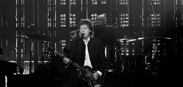 "<span class=""photo"" data-photo-id=""25799""></span><span class=""st_sharethis_button photo_sharethis"" st_url=""http://cincymusic.com/photos/2016/07/paul-mccartney#photo25799"" st_image=""http://cincymusic.com/images/photos/t_578312e54f27e.jpg"" displayText=""Share""></span>"