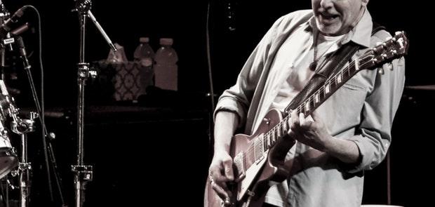 Peter Frampton :: Photo by Wayne Litmer